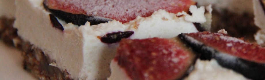 Raw Vanilla Coconut FigSlices